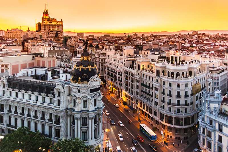 Gran Vía: the most famous street in Madrid